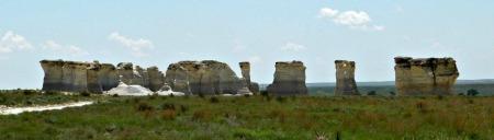Monument rocks distance 2
