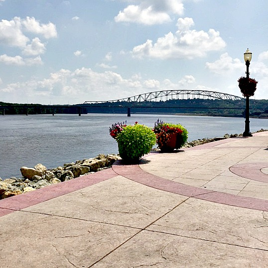 Mississippi Riverwalk Dubuque Iowa
